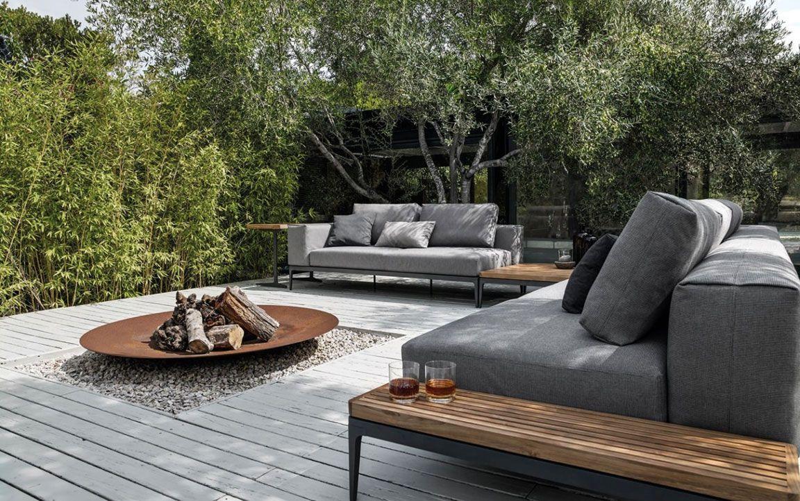 mobel fur draussen die neuesten innenarchitekturideen. Black Bedroom Furniture Sets. Home Design Ideas