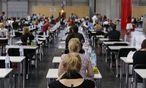 Deutsche studieren gern in Österreich Medizin. Gearbeitet wird lieber zu Hause. / Bild: (c) APA (Herbert Neubauer)