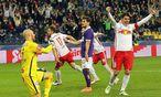 Salzburg bejubelte innerhalb von 30 Minuten fünf Tore, bei der Austria herrschte Fassungslosigkeit. / Bild: APA/DANIEL KRUG