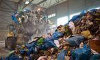 Müllentsorgung  / Bild: (c) imago/Michael Schick (imago stock&people)