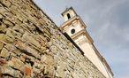 Seit 2007 nicht für Besucher zugänglich: Burg und Kirche am Leopoldsberg.  / Bild: Clemens Fabry / Die Presse