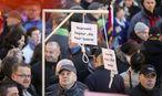 Dem Mann wird die öffentliche Aufforderung zu Straftaten vorgeworfen. / Bild: REUTERS