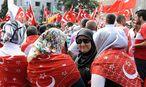 """Strache: """"Erdogan-Fans sollten in die Türkei heim"""" / Bild: EPA"""