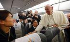 Papst Franziskus war auf dem Rückflug von seiner Türkeireise gesprächig. / Bild: (c) REUTERS