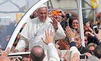 Der Papst ist in Neapel / Bild: (c) APA/EPA (ALESSANDRO DI MEO)