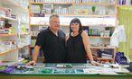 Elisabeth Kroch betreibt mit ihrem Ehemann, Peter Reckzügel, Tinas Modelleisenbahn im zwölften Bezirk. Die Leidenschaft für die Miniaturbahnen teilen sie. / Bild: (c) Voithofer Valerie