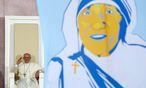 Der Papst solle sich seinen Film über Mutter Teresa zumindest heimlich auf Youtube ansehen, sagt Autor Tariq Ali. / Bild: REUTERS