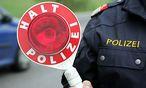 Polizeikontrolle / Bild: (c) www.BilderBox.com (Www.bilderbox.com)