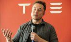 """Tesla-Gründer und CEO Elon Musk: Ein Visionär der Sonderklasse, der aber erst """"liefern"""" muss. / Bild: REUTERS"""