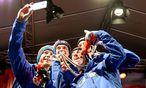 Silbernes Abschluss-Selfie der Skispringer / Bild: GEPA pictures