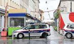 Polizei Mittwochfrüh am Tatort / Bild: APA/HERBERT P. OCZERET