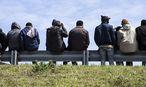 Asylwerber / Bild: APA/EPA/ETIENNE LAURENT