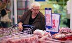 Russischer Supermarkt: Seit Sommer gilt ein Importstopp für europäische Agrarprodukte. / Bild: Bloomberg