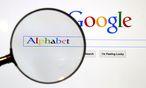 Alphabet macht mit dem Internet-Geschäft und dem Betriebssystem Android das beste Geschäft. / Bild: REUTERS