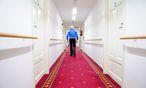 In Wiener Pflegewohnhäusern soll künftig in der Nacht nur ein Arzt im Dienst sein. / Bild: Die Presse