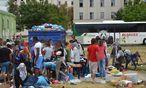 Das völlig überfüllte Flüchtlingslager Traiskirchen: Bis Freitag haben die Länder Zeit, neue Quartiere zu finden, dann will die Innenministerin diese Aufgabe selbst übernehmen. / Bild: (c) APA/EINSATZDOKU.AT (EINSATZDOKU.AT)