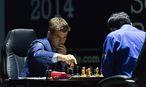 Magnus Carlsen gegen Viswanathan Anand / Bild: APA/EPA/YEVGENY REUTOV