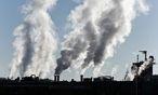 Belastung der Umwelt durch Industrieabgase / Bild: (c) BilderBox