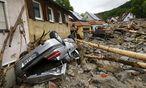 Heftige Regenfälle haben in der baden-württembergischen Ortschaft Braunsbach eine Schuttlawine hinterlassen. / Bild: (c) REUTERS (KAI PFAFFENBACH)