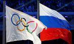 Russische und Olympia-Fahne / Bild: REUTERS
