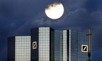Düstere Wolken ziehen über der Deutschen Bank auf / Bild: REUTERS