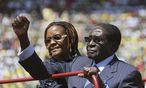 Archivbild des mittlerweile 90-jährigen Robert Mugabe. Seiner Frau Grace werden ebenfalls politische Ambitionen in Simbabwe nachgesagt. / Bild: (c) REUTERS