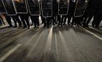 Archivbild: Anti-Akademikerball-Proteste im Vorjahr / Bild: Clemens Fabry / Die Presse