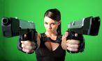 Ein Model, das Heldin Lara Croft darstellt / Bild: EPA