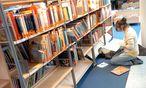 Ein Blick in die Jugendliteratur-Abteilung der Haubtbücherei am Urban-Loritz-Platz / Bild: (c) Die Presse/Michaela Bruckberger