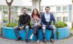 Drei Kreative in Wien: Regisseur Unmut Dag, New-Media-Expertin Meral Akin-Hecke und Start-up-Gründer Can Ertugrui (von links) / Bild: Katharina Roßboth (Die Presse)