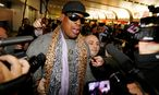 Former NBA basketball player Rodman speaks to the media after returning from his trip to North Korea at Beijing airport / Bild: (c) REUTERS (© Jason Lee / Reuters)