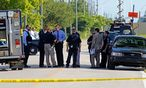 Polizeikräfte am Tatort in Fort Myers. / Bild: (c) REUTERS (JOE SKIPPER)