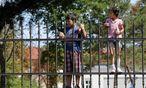 Nach wie vor sind rund 4500 Flüchtlinge im Erstaufnahmezentrum Traiskirchen untergebracht – die Bevölkerung hat das Vertrauen in Zusagen der Politik verloren. / Bild: REUTERS