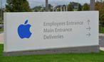 Apple parkt Geld auf Treuhandkonto / Bild: REUTERS