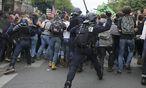 Die französische Polizei rückte auch in Paris gegen Demonstraten aus. / Bild: REUTERS