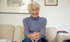 Elisabeth Waltz-Urbancic in ihrem Elternhaus in Grinzing, in dem die 91-Jährige heute lebt. / Bild: (c) Die Presse/Clemens Fabry