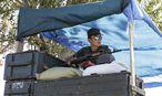 Ukrainischer Soldat in Mariupol / Bild: REUTERS