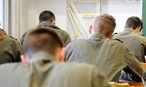 Eine Klasse am Militärgymnasium. Die abgebildeten Personen stehen nicht in Zusammenhang mit dem Sachverhalt. / Bild: Clemens Fabry