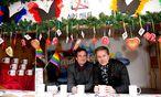 Archivbild: Philipp Dirnberger von der Aids Hilfe Wien und Schauspieler und Moderator Alfons Haider beim