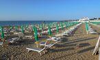 Strand in Lignano / Bild: Die Presse
