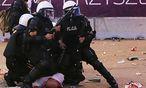 Die Polizei versuchte in Warschau die Lage in den Griff zu bekommen. / Bild: (c) AP (Czarek Sokolowski)