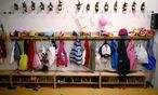 Wardrobe for children / Bild: REUTERS