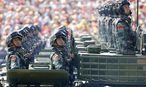 China will seine rund 2,3 Millionen Soldaten um 300.000 verringern. / Bild: REUTERS