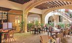 Im Patio des 700 Jahre alten Gebäudes, das das Cancera-Hotel beherbergt, ist es auch im heißesten Sommer kühl  / Bild: Barbara Zach