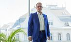 Als Inhaber von mehreren Agenturen ist Peter Treichl einer der bekanntesten Partnervermittler Österreichs. / Bild: Die Presse