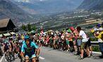 Zum Auftakt der Alpenkletterei gastierte die Tour de France in der Schweiz.  / Bild: (c) APA/AFP/JEFF PACHOUD