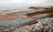 Ein verschmutzter Strand im Libanon. / Bild: APA/AFP/ANWAR AMRO