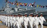 Chinese Seeleute und Offiziere / Bild: EPA