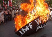 Proteste gegen den IWF in Pakistan 2009 / Bild: (c) EPA (REHAN KHAN)