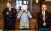 """Laut Gericht hatten die Angeklagten ihre PS-starken Wagen als """"gemeingefährliches Mittel"""" eingesetzt. / Bild: APA/dpa/Gregor Fischer"""